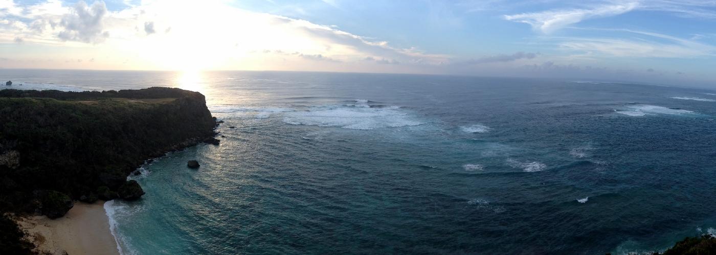 沖縄中部の秘境へご案内